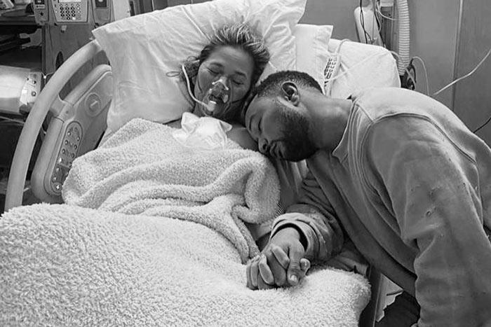 John Legend and Chrissy Teigen Suffer Pregnancy Loss